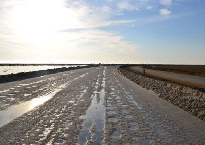 Strada di sale dopo gli stabilimenti Walvis Bay - Diario di viaggio in Namibia