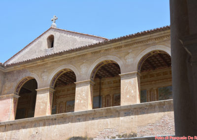 Il chiostro della foresteria nella Casa Alta della Certosa di San Lorenzo a Padula