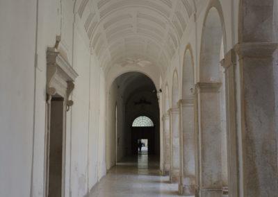 Porta di una cella dei certosini della Certosa di San Lorenzo a Padula