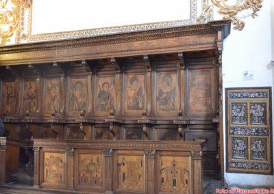 Particolare delle sedute nella Casa Alta della Certosa di San Lorenzo a Padula