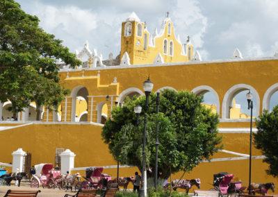 Calle 31 ed Ex-convento di Sant'Antonio da Padova – Izamal - Diario di viaggio in Messico