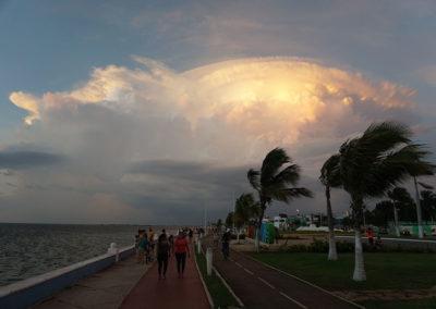 Arrivo-tempesta-Malecon-di-Campeche- Diario di viaggio in Messico