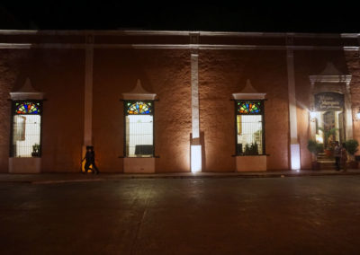 Calle-Valladolid-di-notte-Paanorama--Valladolid-da-terrazza-El-Mason-del-Marques