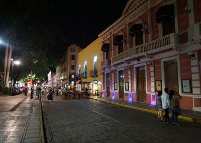 Centro-storico-Merida-di-notte- Diario di viaggio in Messico