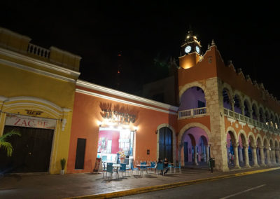 Centro-storico-Merida-di-notte - Diario di viaggio in Messico