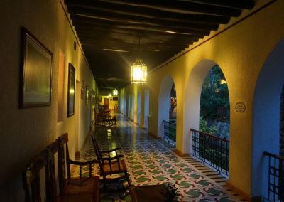 Corridoio camere Hacienda Uxmal Plantation eMuseum di notte - Sito-archeologico-Edzna - Diario di viaggio in Messico