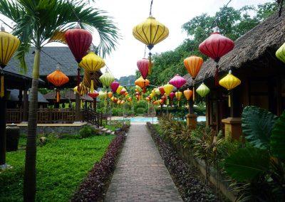 Emeralda--Resort-–-Ninh-Binh---Le-lanterne