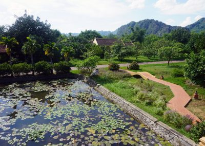 Emeralda--Resort-Ninh-Binh- Il-laghetto-artificiale