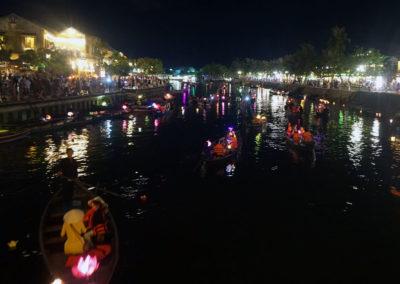 Hoi-An-lungo-il-fiume-di-sera