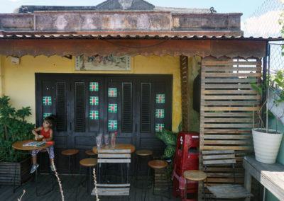 In-attesa-sulla-Terrazza-panoramica-di-Hoi-An-dal-Faifo-Coffee