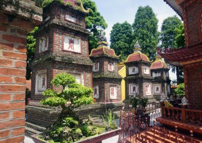 In-giro-per-la-Tran-Quoc-Pagoda---Hanoi
