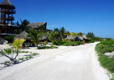 Lungomare-di-sabbia-all'altezza-dell'Hotel-Palapa-del-Sol-Diario-di-viaggio-in-Messico