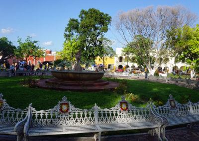 Piazza-e-Parco-Francisco-Canton---Valladolid-Paanorama--Valladolid-da-terrazza-El-Mason-del-Marques.--Diario-di-viaggio-in-Messico