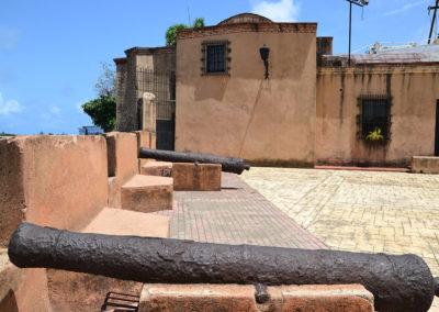 Cannoni zona colonial Santo Domingo Diario di viaggio a Santo Domingo