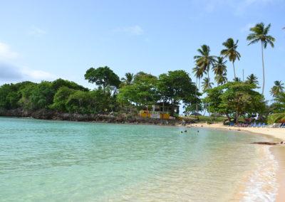 Lato est Playa Rincon con ristorantini sulla spiaggia Las Galeras - Diario di viaggio a Santo Domingo