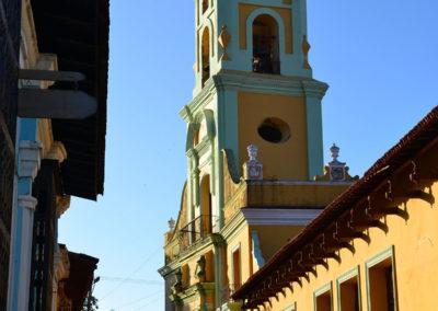 Convento-e-Campanile-de-San-Francisco-de-Avis,-Trinidad
