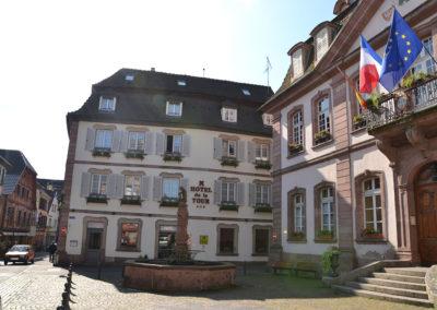 Place de l'Hotel de Ville - Hotel de la Tour e-Hotel de Ville - Diario di viaggio in Alsazia