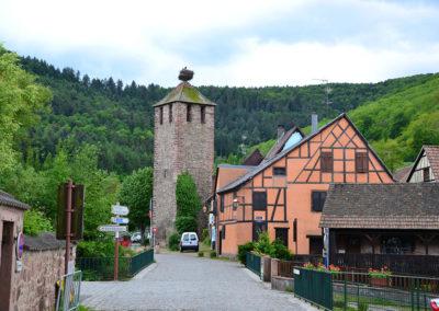 Ancien Lavoir (torrre) e Rue du College, Kaysersberg - Diario di viaggio in Alsazia