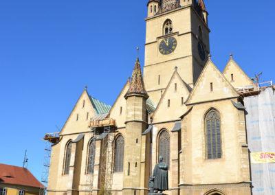 -Piata Huet con la Catedrala Evanghelica Sfanta Maria . Cattedrale Evangelica Luterana con Torre, Sobiu - Diario di viaggio in Transilvania - Romania